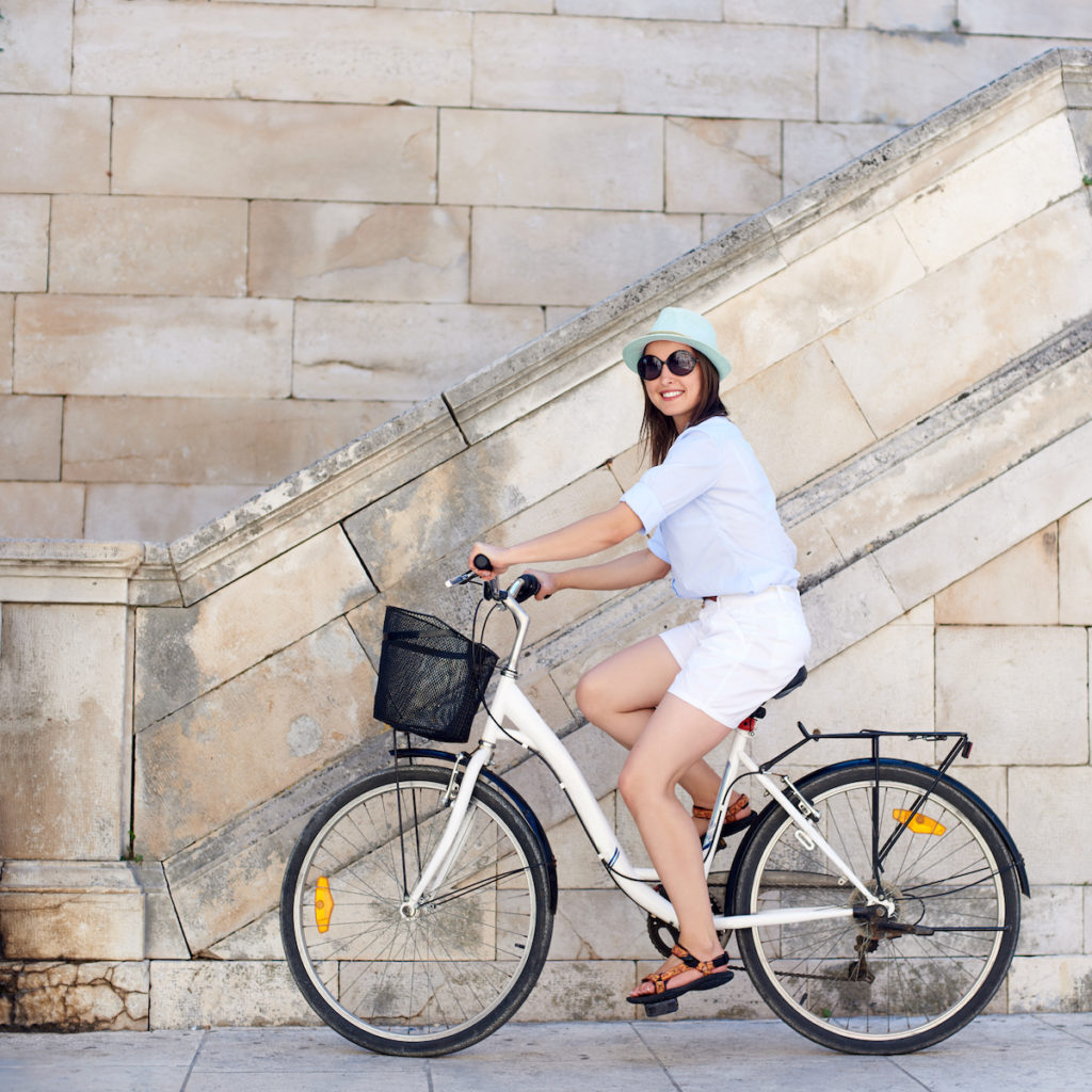 benefits of biking for your butt Chicago body contouring