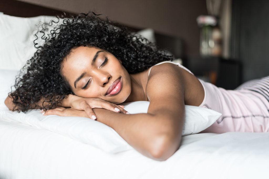 Sleep promotes weight loss Chicago body contouring