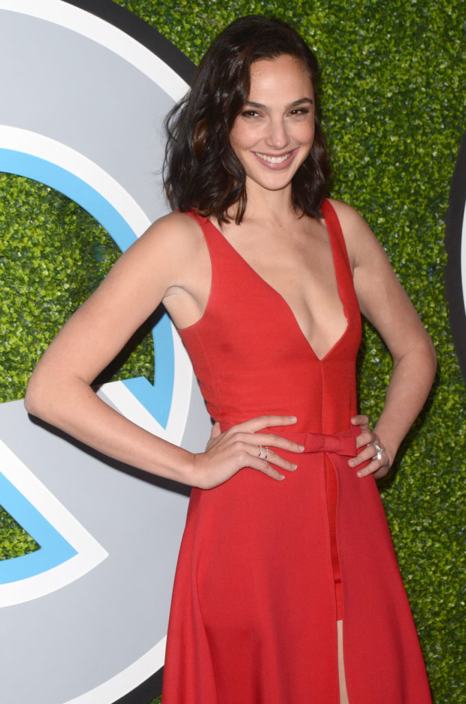 Gal Gadot best arms in Hollywood reduce arm fat Chicago